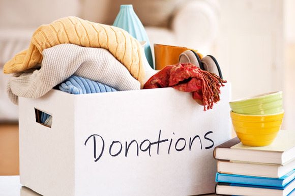 Prepping For The Holidays By Decluttering and Donating